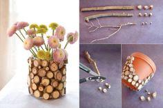 Macetas reciclables utilizando ramas secas y macetas o latas en desuso.