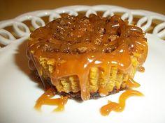 Lark's Country Heart: Mini Pumpkin Gingersnap Cheesecake