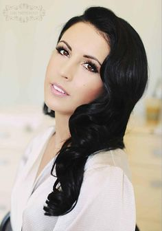 Dark hair with natural bridal makeup