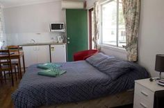 Kahlers Oasis Caravan Park Open Plan Unit 2 berth