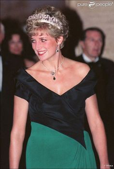 Princess Diana attends a gala dinner at the Royal York Hotel in Toronto during an official visit to Canada, October 26, 1991.