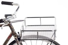 Vola Velo. Comprar cesta de color blanco para bicicleta https://www.volavelo.com/cesta-blb-take-away-tray-negro.html