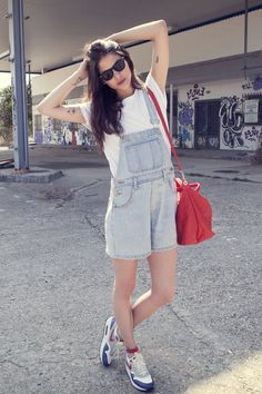 1992 here I come!  100% CASUAL_Alba Galocha in dungarees and white t-shirt