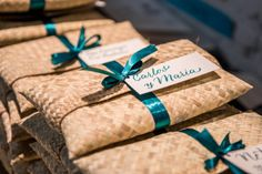 Biodegradable Packaging, Biodegradable Products, Wedding Of The Year, Wedding Day, Wedding Favors, Wedding Ceremony, Mexico Beach Weddings, Food Packaging Design, Table Arrangements