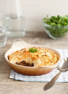 Shepard´s Pie - topped with cauliflower instead of potato - try it Lchf, Keto, Pie Tops, Recipe Boards, Mashed Potatoes, Cauliflower, Macaroni And Cheese, Healthy Living, Food And Drink