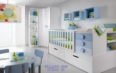 However, you should know that there are different types of cribs , and it is worth finding out a little, especially when it comes to furniture as important as the crib. Baby Boy Room Decor, Baby Boy Rooms, Baby Bedroom, Baby Cribs, Nursery Room, Kids Bedroom, Baby Bedding Sets, Convertible Crib, Bedroom Storage