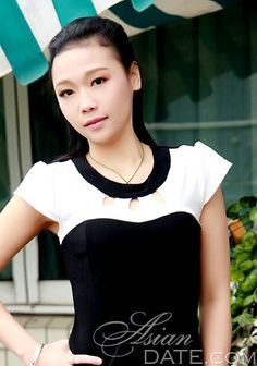 Welcome to our photo gallery! Take a look at Asian mail woman Li