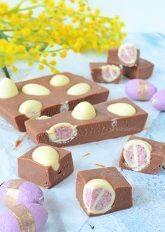 easter egg fudge - paaseitjes fudge - Laura's Bakery