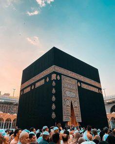 Mecca Madinah, Mecca Kaaba, Mecca Wallpaper, Islamic Quotes Wallpaper, Allah Wallpaper, Saudi Arabia Makkah, Mekka Islam, Mecca Mosque, Muslim Images
