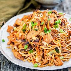 Schmeisst den Wok an! Geniale Wok-Rezepte If you would like to secure a 6 bunch, Wok Recipes, Noodle Recipes, Asian Recipes, Dinner Recipes, Cooking Recipes, Ethnic Recipes, Delicious Recipes, Shrimp Recipes, Cooking Pork
