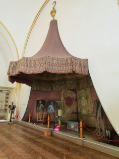 Imperial tent wall and conical roof, Ottoman, 17th century. (Museum of Military History Vienna).