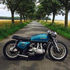 ustom Motorcycles på Instagra