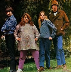 The Mamas and The Papas (Dream a Little Dream of Me, California Dreamin' etc.)