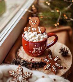 Cosy Christmas, Christmas Feeling, Days Until Christmas, Christmas Treats, Christmas Photos, Christmas Time, Christmas Decorations, Christmas Lights, Xmas