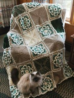 http://yarnutopia.com/365-days-of-granny-squares  #71 & 353