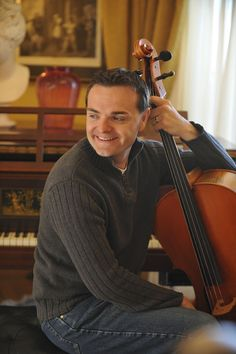 Steven Sharp Nelson.  He produces such a beautiful sound out of his cello! :)