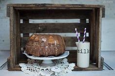 Schokoladen Gugelhupf, Schoko Gugelhupf, Schokokuchen, Schokoladen Kuchen, Gugelhupf, Milka Gugelhupf, bundt cake, chocolate cake, baking, chocolate bundt cake