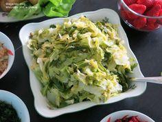 MŁODA KAPUSTA GOTOWANA. Wg 5 przemian – WEGAŃSKI BLOG Wszystko jest w głowie Cabbage, Vegetables, Blog, Vegetable Recipes, Blogging, Cabbages, Collard Greens, Sprouts, Kale