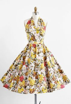 vintage 1950s floral springtime party dress | cotton rockabilly halter dress | www.rococovintage.com