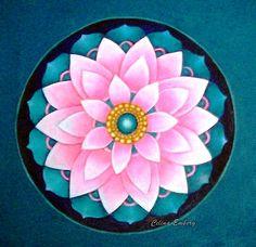 Small Accent Chairs For Bedroom Mandala Design, Mandala Art, Mandala Drawing, Mandala Painting, Dot Painting, Cd Art, Mandala Coloring, Flower Of Life, Rangoli Designs