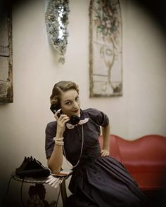 Dress by Claire McCardel, The Helena Rubenstein salon, 1948.Photo by Frances McLaughlin-Gill