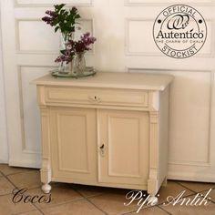 Minibuffet i beige i tonen Cocos Autentico
