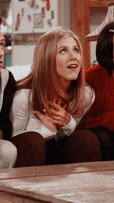 Only Jennifer Aniston Serie Friends, Friends Cast, Friends Episodes, Friends Moments, Friends Tv Show, Friends Forever, Cindy Crawford 90s, Estilo Rachel Green, Rachel Green Friends