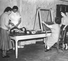 Missouri's State Mental Hospital patients at work on craft and art projects, c. Mental Health Art, Mental Health Problems, Spiritual Health, Mental Asylum, Insane Asylum, Psychiatric Hospital, Mental Conditions, County Jail, Medical History