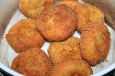Jednoduché syrové fašírky Sliced Potatoes, Mashed Potatoes, Hush Puppies Recipe, Turkish Recipes, Ethnic Recipes, Fries Recipe, Albondigas, Cornbread, Tofu