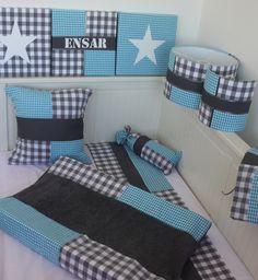 Set babykamer in grijs turquoise. Lampenkap, wandlamp en nog veel meer naar jouw wensen.