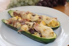 Breakfast Zucchini Boats I am always on a mission to find different things for breakfast, so I made these today and they were exactly what I wanted  Ingredients 1 zucchini, cut in half 3 eggs, whisked 5 pieces of deli sliced ham 2 pieces of bacon 4 mushrooms, chopped 3 Tbsp parmesan cheese 2 …