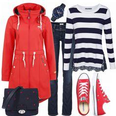 Freizeit Outfits: RedAndBlue bei FrauenOutfits. Streifen Pullover mit Spitze kommbiniert mit einer roten Schmuddelwedda Jacke und Sneakern von Converse. #streifen #alltagslook #freizeit #regenwetter #regenjacke #rot #converse #chucks #jeans #outfitkommbination #frauenoutfit
