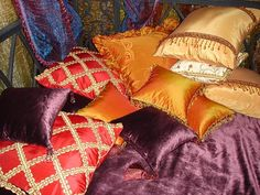 middle eatern interiors and room colors, ethnic interior design ideas