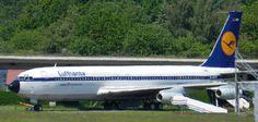 Old Lufthansa Boeing B707 at the german Airport Hamburg. #Boeing #Hamburg #B707