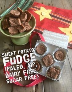 This AIP fudge is a fun holiday treat that's free of gluten dairy nuts eggs and all processed sugars. Plus it has a fun surprise ingredient. Paleo Sweets, Paleo Dessert, Easy Sweets, Processed Sugar, Convenience Food, Holiday Treats, Dairy Free, Gluten Free, Sugar Free