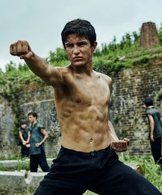 Action's new leading man Aramis Knight discusses competition, danger, and learning martial arts for his breakout role as M.K. on AMC's new series Into the Badlands.