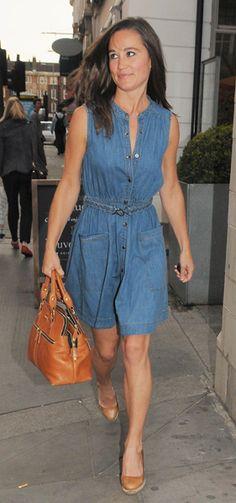 Pippa Middleton leaving the Bluebird Bar and Restaurant