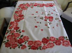 """46"""" x 52"""" Pink Rose 1950's Tablecloth like Wilendur Mint, Lightly-Used Condition"""