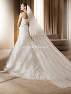 Pronovias Wedding Dresses - Style Alfaro