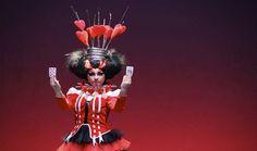 Nuevo Circo Nacional de China: Alicia en el país de las maravillas Wonder Woman, China, Superhero, Fictional Characters, Women, Art, Wonderland, You Are Awesome, Countries