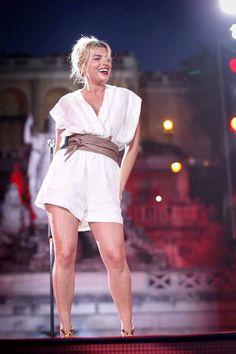 Emma Marrone flirt con Baptiste Giabiconi: sono solo voci? - La cantante salentina si gode le meritate vacanze, insieme all'amica di sempre. Ma sotto l'ombrellone pare che Emma Marrone stia pensando ad un nuovo amore... - Read full story here: http://www.fashiontimes.it/2016/07/emma-marrone-flirt-baptiste-giabiconi-sono-solo-voci/