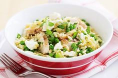 Chicken, feta and pea risoni salad. Whip up this healthy and tasty chicken risoni in a flash. Healthy Salad Recipes, Lunch Recipes, Easy Dinner Recipes, Diet Recipes, Easy Meals, Healthy Meals, Risoni Recipes, Pasta Recipes, Chicken Recipes