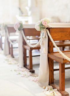 Featured Photographer: Facibeni Fotografia; Wedding ceremony idea.