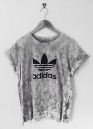 Resultado de imagen para tumblr shirts negros