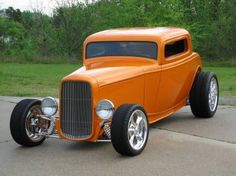 Visit The MACHINE Shop Café... ❤ Best of Hot Rod @ MACHINE ❤ (1932 Ford 3-Window Street Rod)