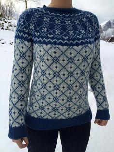 Sørlandsgenser laget av Else Britt Hamlot fra Kofteboka Fair Isle Knitting Patterns, Fair Isle Pattern, Knitting Designs, Knit Patterns, Norwegian Knitting, Big Knits, Knit Picks, Knitwear, Knit Crochet