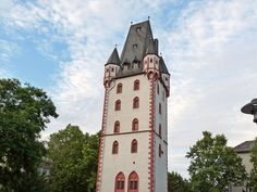 Mainz Germany, Tower, Explore, Outdoor Decor, Fine Dining, Road Trip Destinations, Tips, Rook, Computer Case