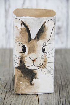 happy easter Mund abputzen – mamtamtam Is Your Garden Protected By Your Home Insurance? Lapin Art, Art Watercolor, Diy Ostern, Bunny Art, Easter Celebration, Easter Crafts, Easter Decor, Easter Ideas, Happy Easter