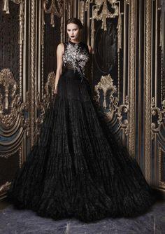 walkingthruafog:  Elegant couture