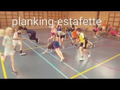 Planking-estafette in de gymles - YouTube Physical Education Activities, Pe Activities, Motor Skills Activities, Preschool Gymnastics, Elementary Pe, Gym Games, Yoga For Kids, Karate, Kids Playing